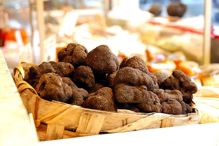 /media/26699/black-truffles-paris-1000.jpg